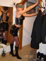 Nutten,Hobby-Huren,Callgirls und Hostessen aus Kiel Plz 2